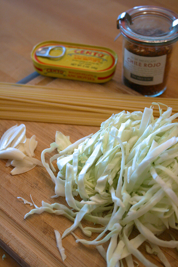 ingredients for Linguini with cabbage and anchovie
